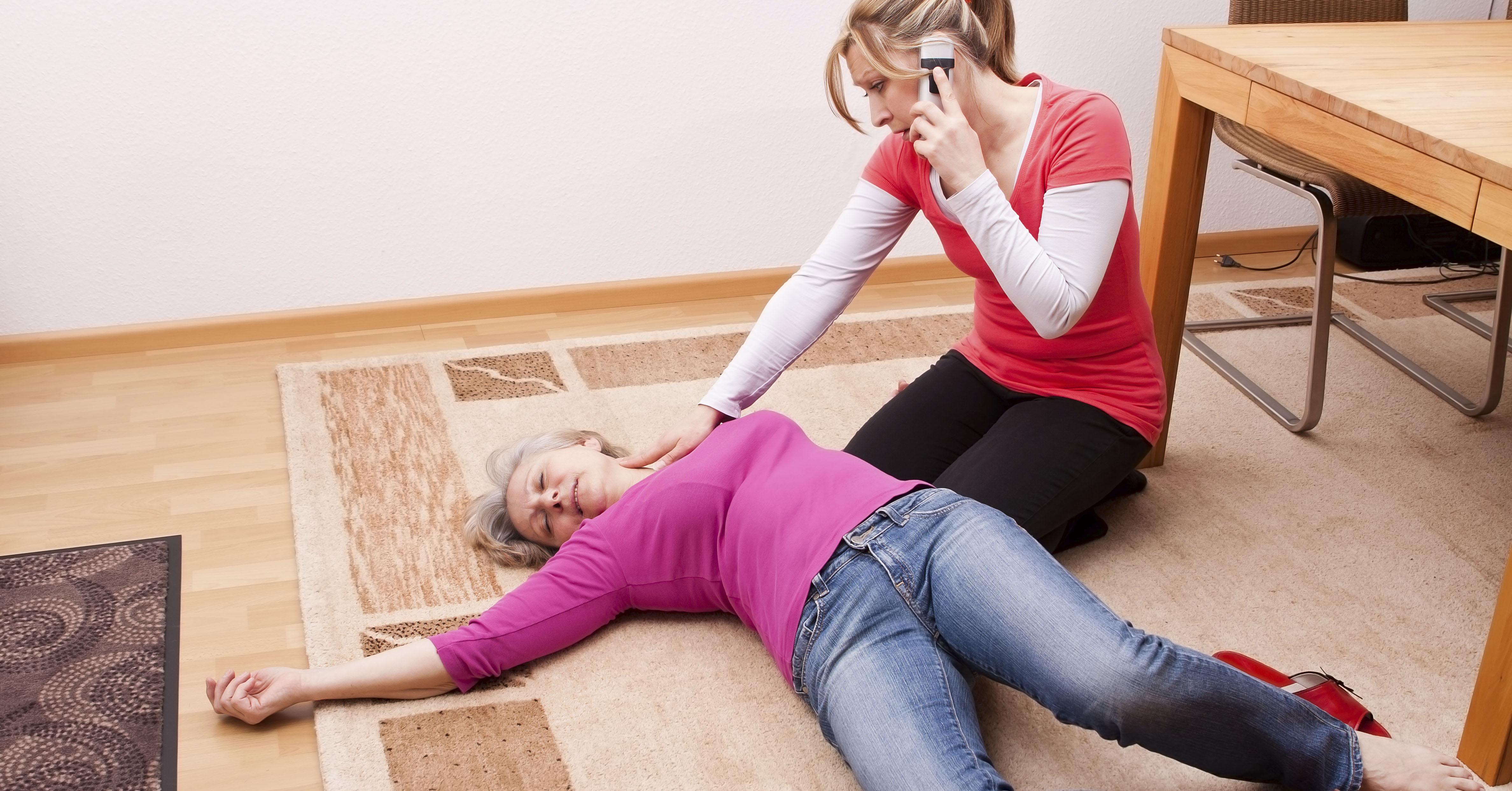 симптомы геморрагического инсульта