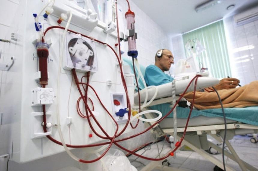 Лечение гломерулонефрита: сеанс хронического гемодиализа